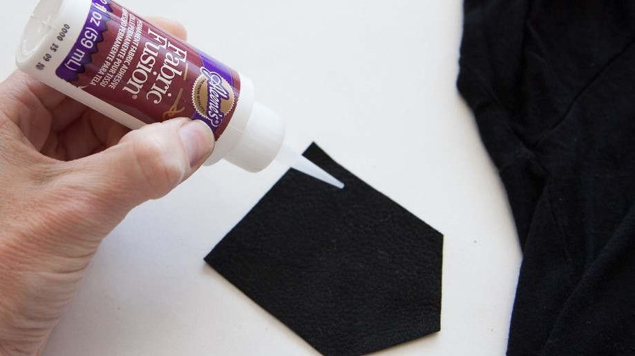 Glue for Leather and Fabric
