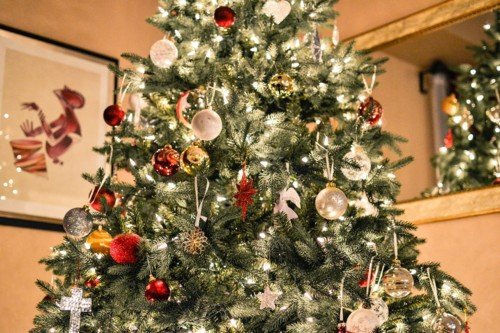 What to Look for When Buying A Fiber Optic Christmas Tree